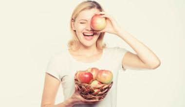 С Днем ливанского яблока!