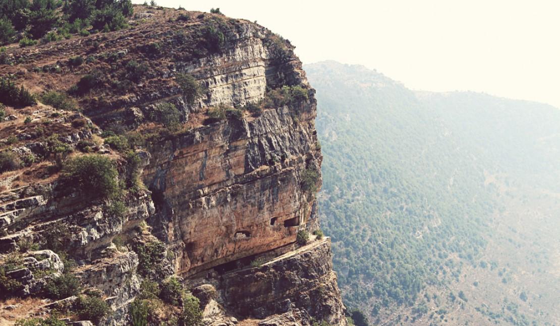 История скальной крепости Ниха